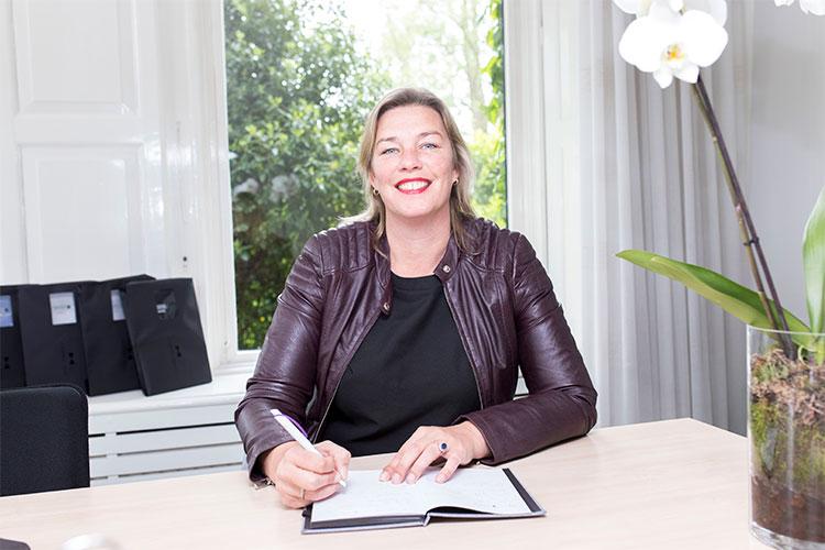 Anne-Wies Smit